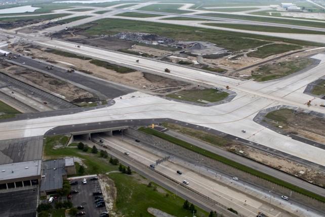 Envision Gold Per L'aeroporto Metropolitano Della Contea Di Wayne Di Detroit